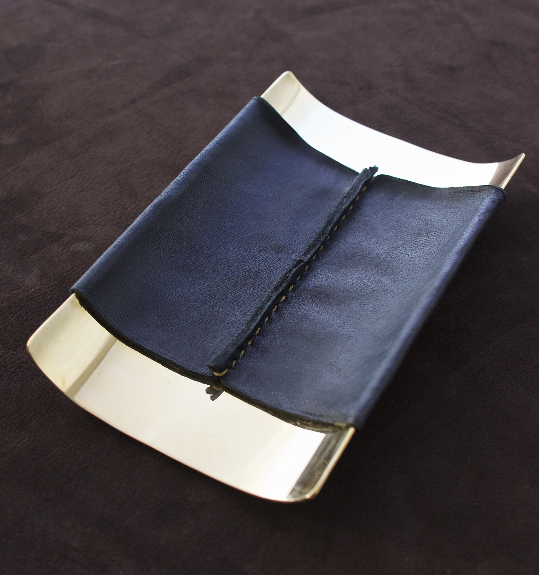 desk tray single seam black leather