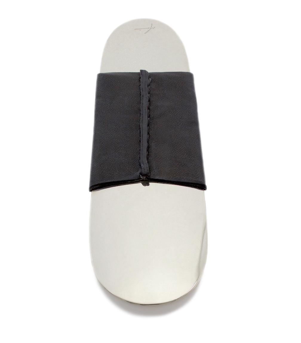 Nickel Shoehorn Black Leather